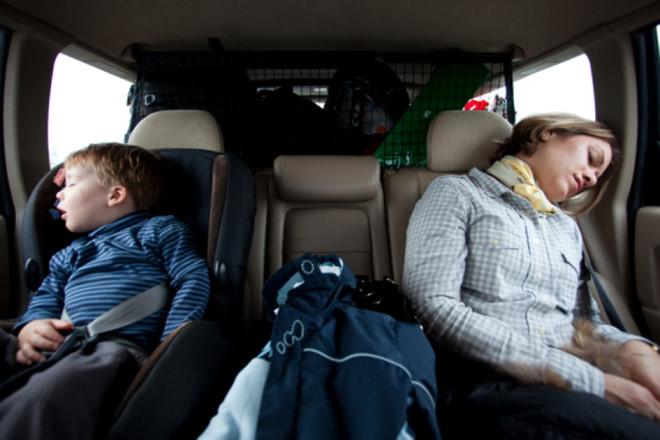 Bạn có thể ăn, ngủ, lướt web khi di chuyển trên chiếc xe tự lái hoàn chỉnh.