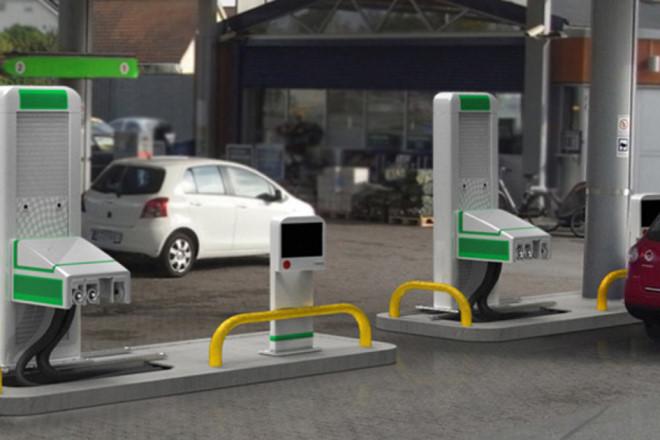 Hiện nay đã có những trạm bơm khí tự động có thể áp dụng cho tất cả các loại xe.