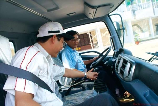 Học lái xe ô tô bằng B2 - Trung tâm đào tạo lái xe Phương Nam