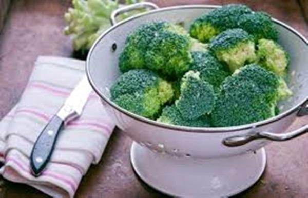 Một số loại rau như bông cải xanh, hành tây, ớt chuông... sẽ chứa nhiều chất dinh dưỡng hơn khi nấu không quá chín