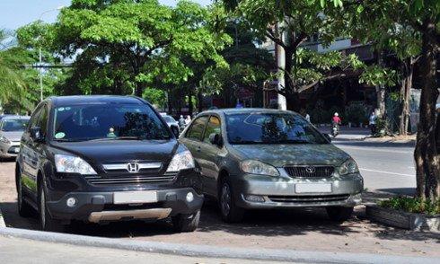 Mùa hè bạn nên đỗ xe vào những chỗ có bóng mát ngay khi có thể.2. Bảo dưỡng điều hòa trước khi vào hè